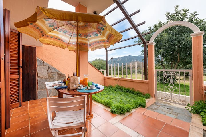 "Charming Apartment ""Relax nel verde a Villasimius"" with Terrace; Parking Available, Pets Allowed"