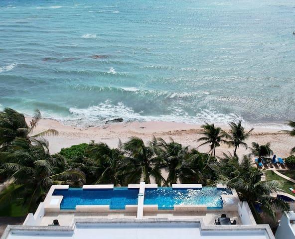 Casa Coral - Oceanfront Penthouse Apartment