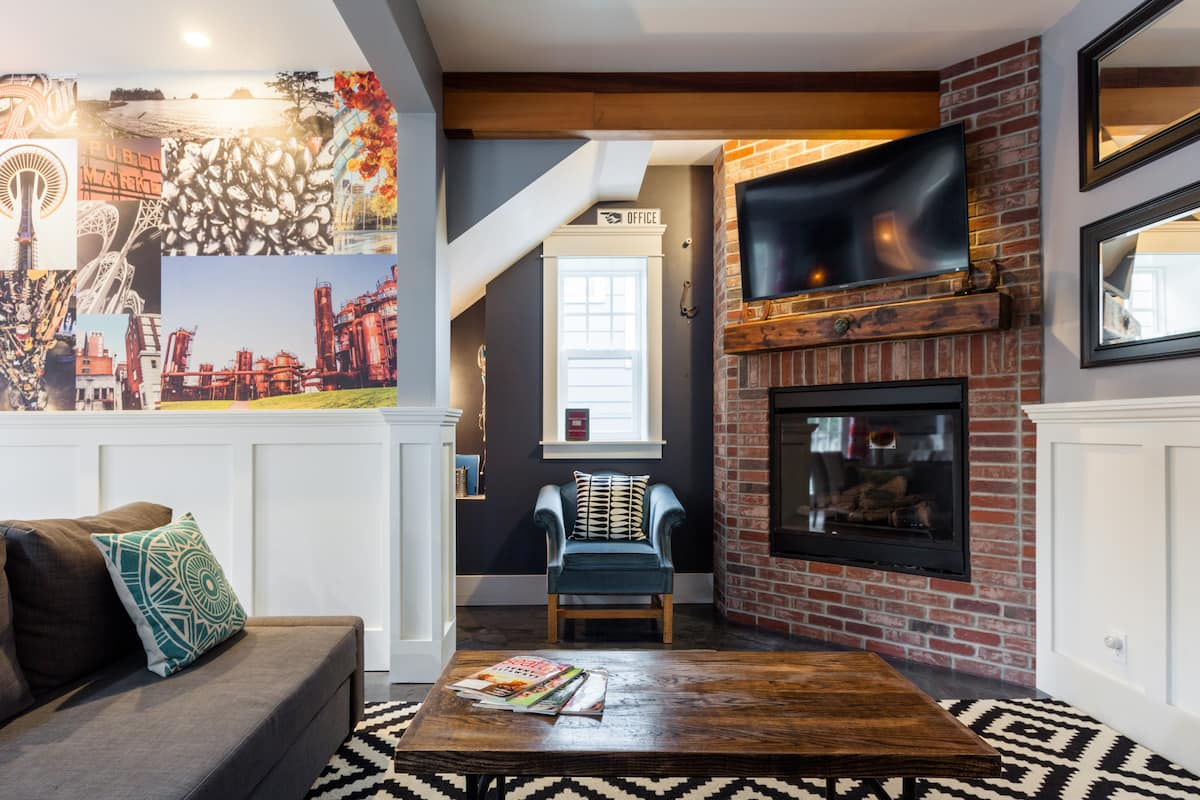 Two-Bedroom Charmer Surrounded by Seattle Faves