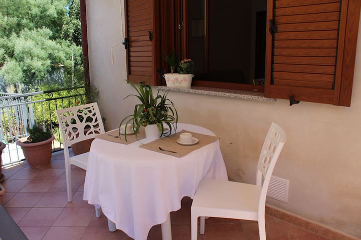 Flat with balcony in south of Italy - Stella Cilento - Apartment
