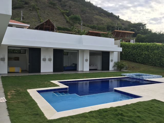Paradise private villa in Apulo - Apulo - Ev