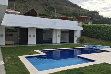 Paradise private villa in Apulo - Apulo