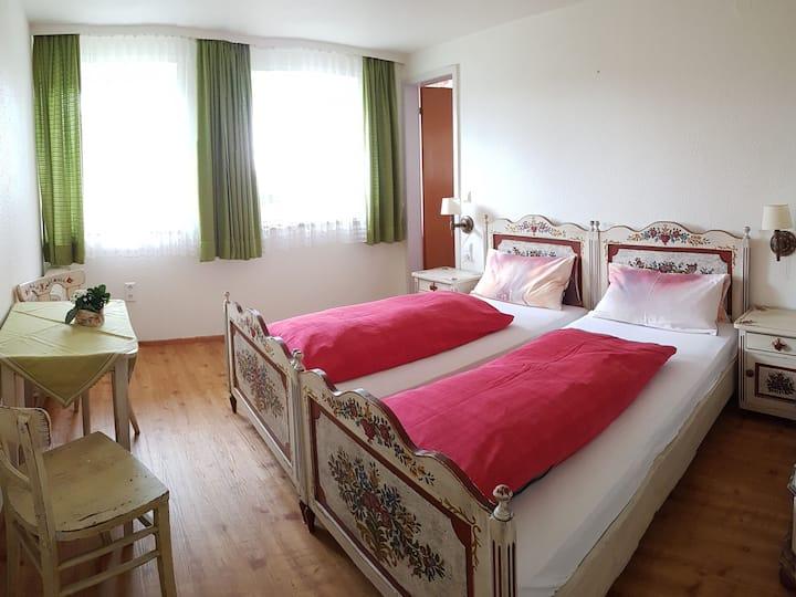 Gasthaus zum Kreuz, (Grafenhausen), Doppelzimmer, 14qm, max. 2 Personen