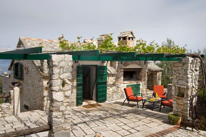 Vacation House Perla
