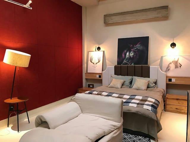 质感套房,绿意小院和品质厢房,创品库的独特房源,独有魅力 - Luoyang - Ház