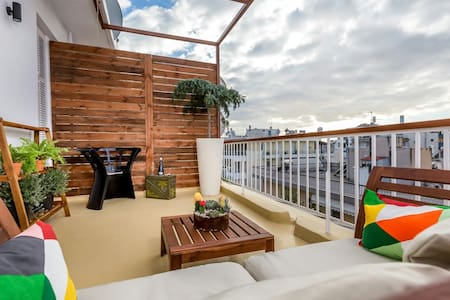 37m²Renovated Penthouse/22m²Balcony - Αθήνα  - Apartamento