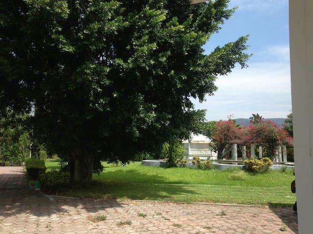 Tranquila y cómoda casa privada en hermoso rancho