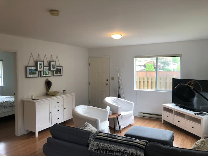 Squamish Suite with private entrance/driveway