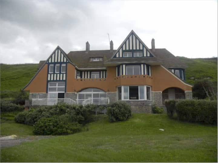 Grand Villa Hardelay, Beach Front,  Normandy