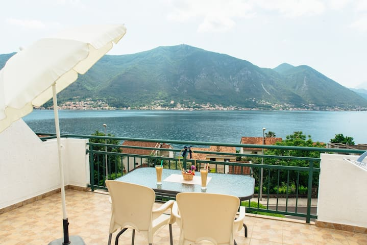 Apartment Delać- Amazing Bokabay view