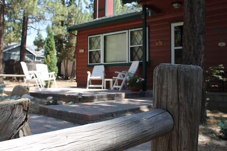 Perfect Cottage, Near Lake, Skiing & The Village - Lac Big Bear