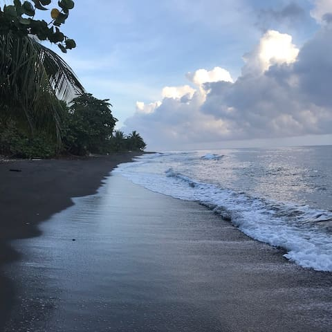 Stella's Beach Retreat