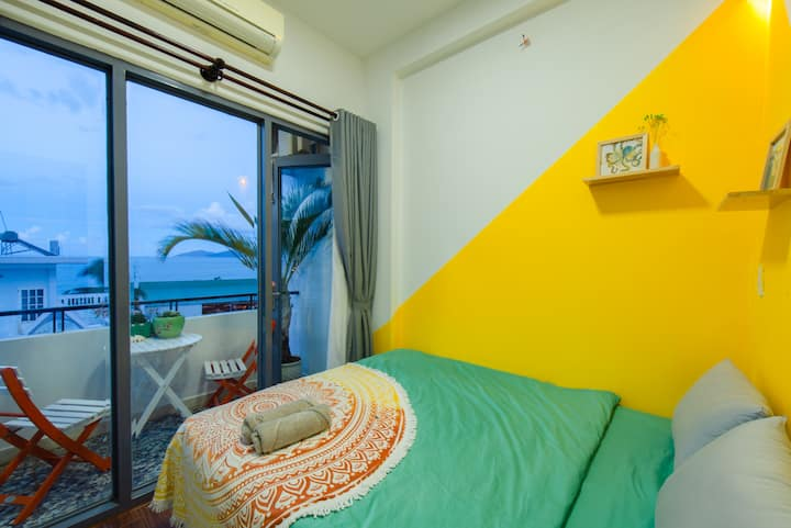 2 Cozy Rooms ocean view*3mins to the beach*F3
