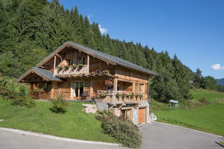 Double Room in Chalet near Morzine