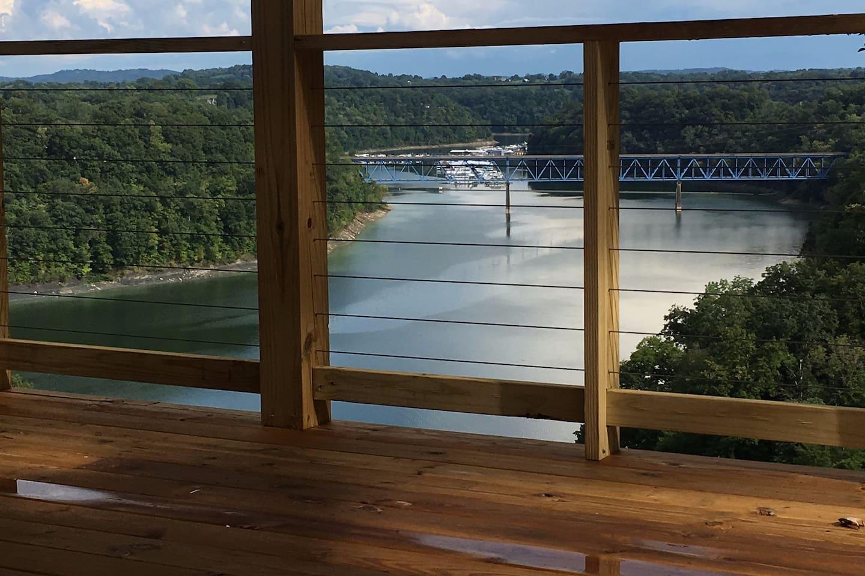4 Decks w/Breathtaking Views