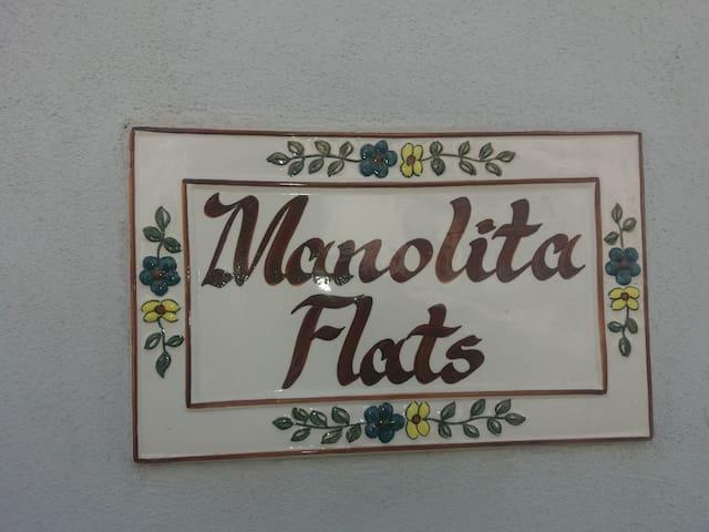 Manolita Flats
