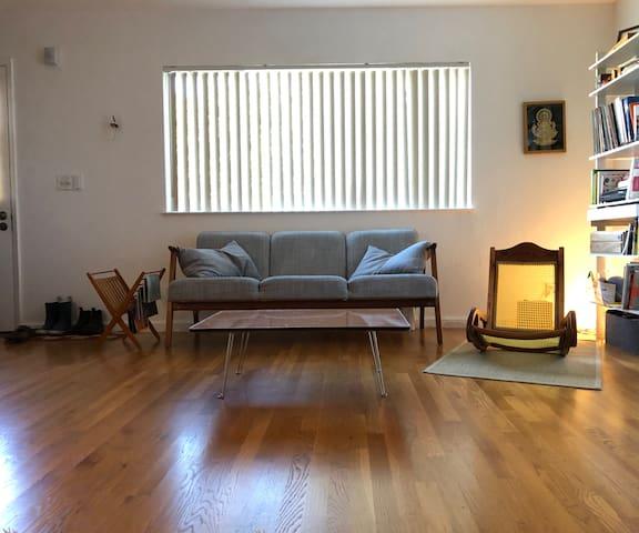 Bright, quiet one bedroom apartment