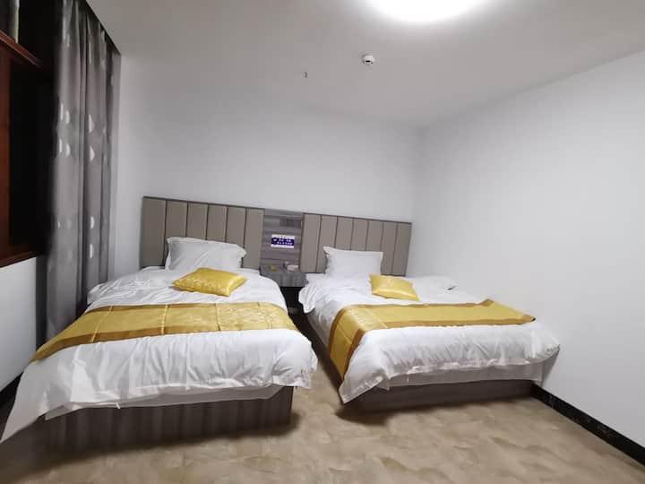 新州医院陪护阳光充沛大床独立房间整租