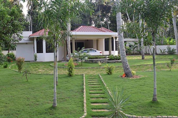 Friends Villa Homestay