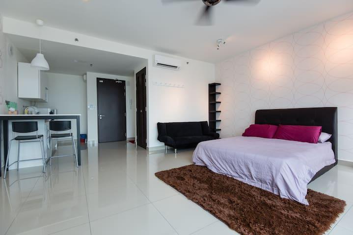 Warm Studio @ Setia Alam Trefoil - Shah Alam - Appartement