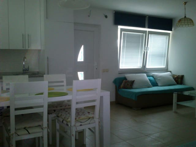 Quiet studio in Premantura - Premantura - Departamento