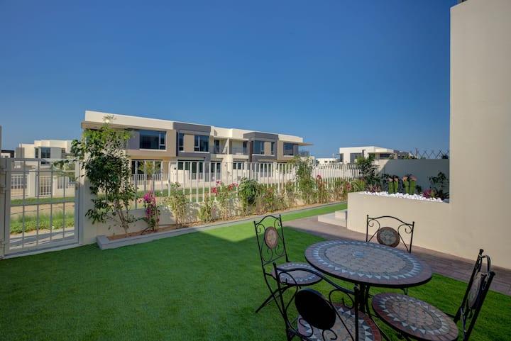 Dubai Hills Estate Luxury 5Bedr Villa wt Garden