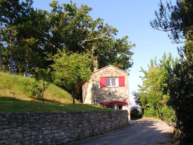 Gite, calme absolu, vue Cevennes - Vézénobres - Hus