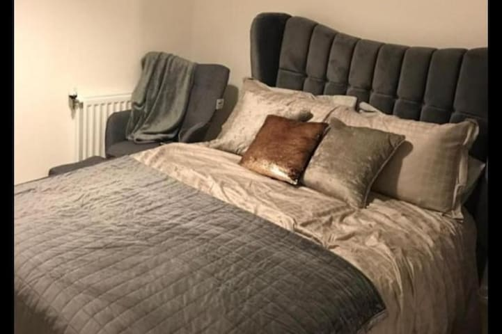 Serene 1 bedroom in a new development in Barking