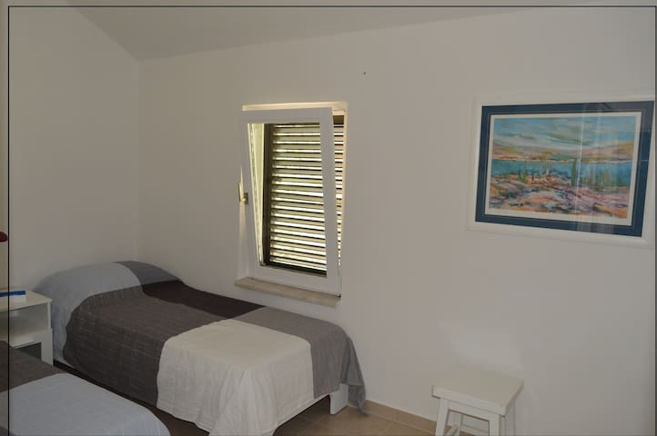Beautiful Apartment next to the Beautiful Beach 2 - Mandre - Daire