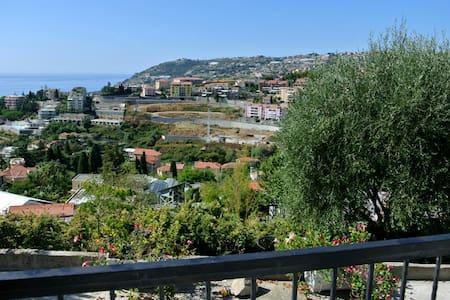 VILLINO CÀ DU RAMPILLU VISTA MARE - Sanremo