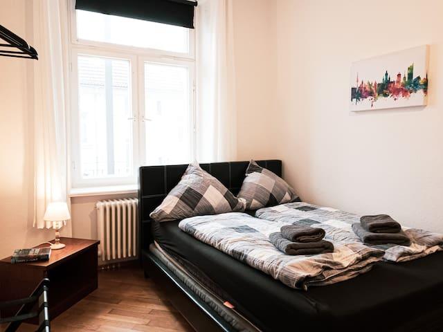 ❤ Lovely apartment next to Karli ✮Balcony&Netflix✮