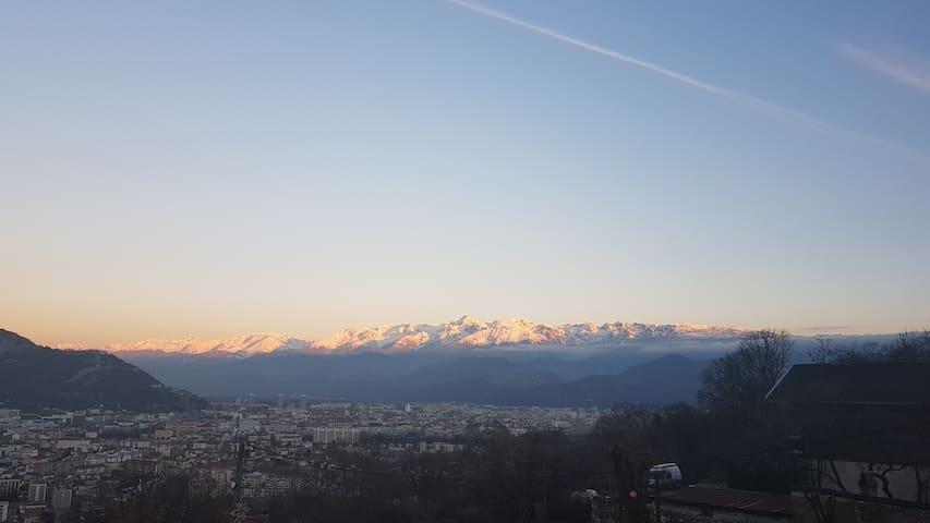 Maisonnette au calme proche de Grenoble