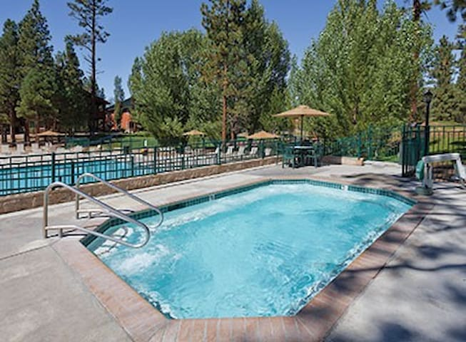 Studio Condo Near Big Bear Village