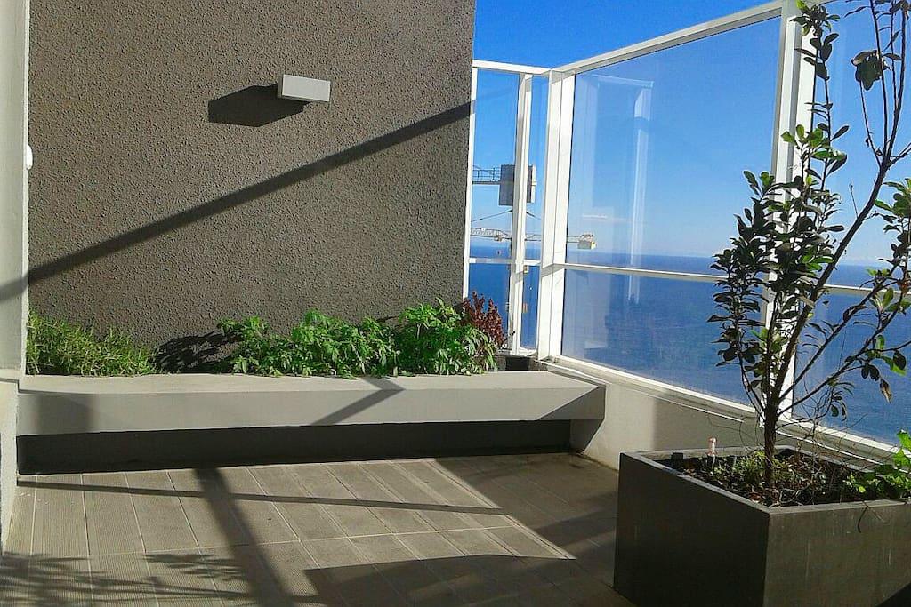 terraza abierta para disfrutar de un buen asado/ Open terrace to enjoy a barbecue