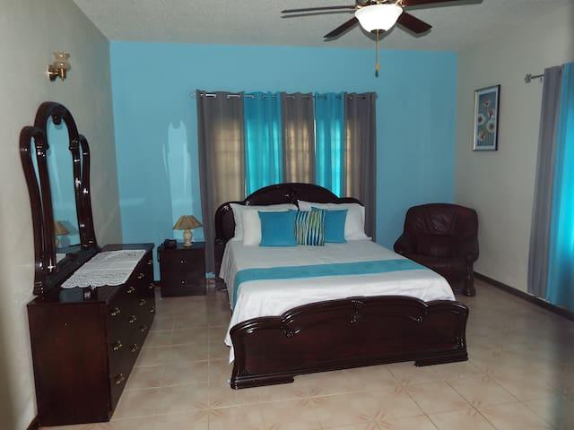 Bedroom 1The Blue hideaway