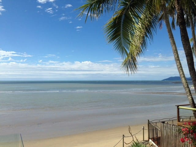 Absolute Beachfront Paradise