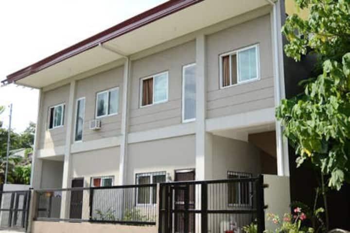 Davao - La Jolla Townhouse 1 (Washington Vil. Maa)