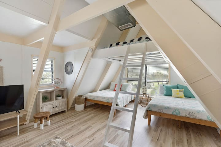 The loft space is like a clubhouse for the kiddos- they'll love it!