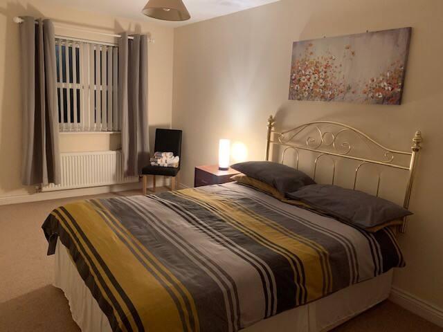 Double rooms & breakfast in Falkirk Scotland (2)