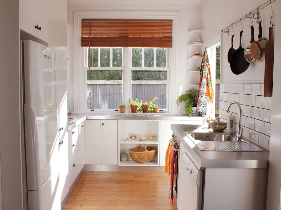 Sunny well equipped kitchen