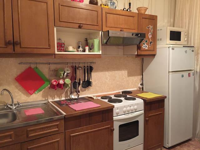 Уютная 2-х комнатная квартира - кировск - Pis