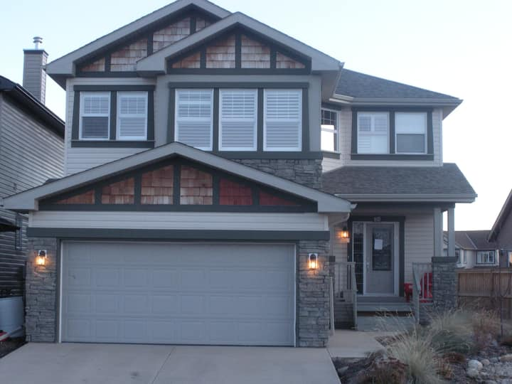 Horse friendly home in South Calgary