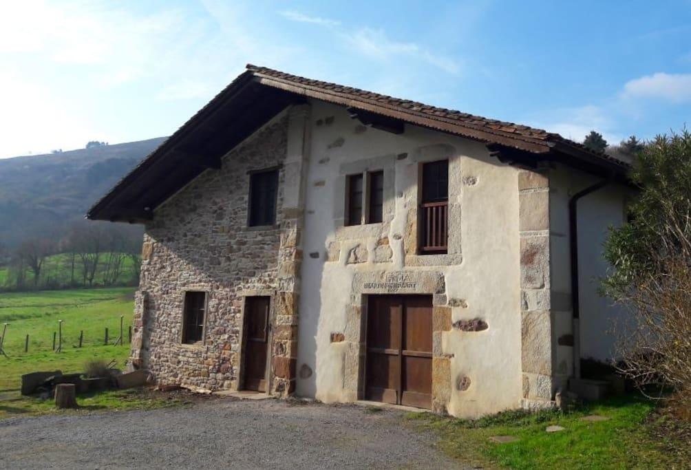 Maison Altxua