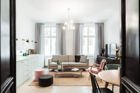 Kopernika 10 / I Apartment