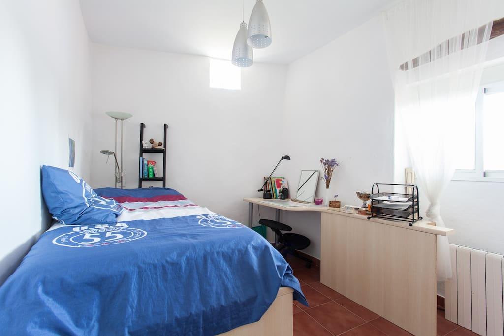 Habitaci n en una casa de campo maisons louer altea alicante comunidad valenciana espagne - Alquilo habitacion en alicante ...