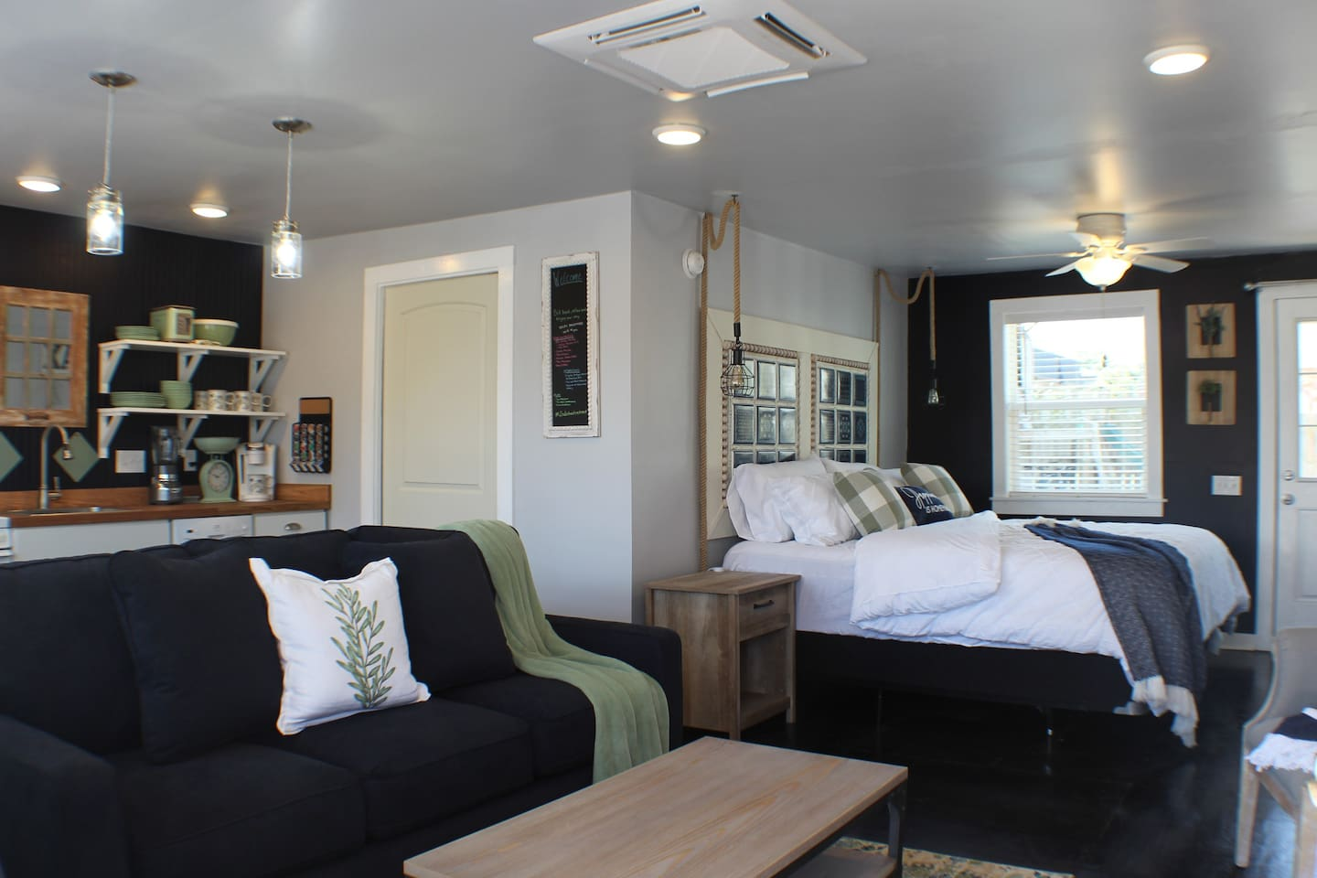 Enjoy this spacious 400 square feet studio apartment featuring a cozy king size bed, a Laz-Boy SlumberAir queen size sofa bed, a fully stocked kitchen and full size bath.  We also provide WiFi, Cable TV, Hulu and Netflix.