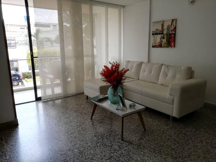 Habitación con Alimentación en cabecera Bucaramang