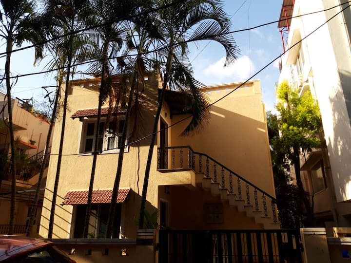 Chirpy Co-Living Space & Hostel - 4 Bed Male Dorm