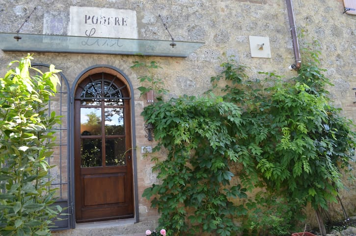 Farmhouse Lisi, authentic Tuscan hospitality - Ville di Corsano - Apartment