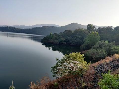 Homestay, Lake View, Koyna Backwater